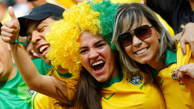 Brazil fans celebrate Confederations Cup win into the night - video